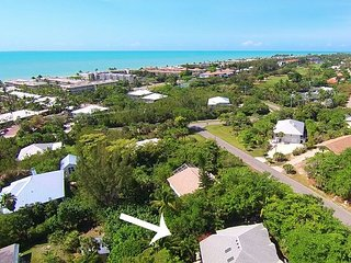 Island Time: Quiet, Pet-Friendly Pool Home on East End Near the Beach!