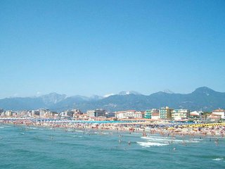 2 bedroom Apartment in Lido di Camaiore, Tuscany, Italy : ref 5239762