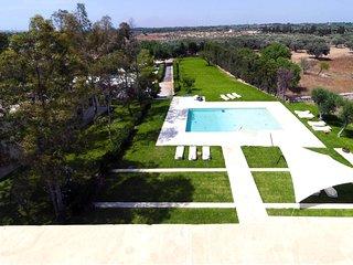 7 bedroom Villa in Baia Verde, Apulia, Italy : ref 5647135