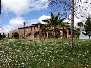 2 bedroom Apartment in Ospedali Riuniti Valdichiana Senese, Tuscany, Italy : ref