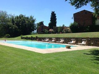 4 bedroom Villa in Oliveto, Tuscany, Italy : ref 5343818