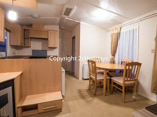 6 Berth. Double glazed and central heated. *Pet friendly. REF 20371