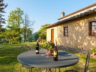2 bedroom Villa in Camucia-Monsigliolo, Tuscany, Italy : ref 5312386