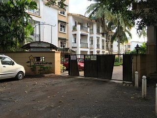Furnished  apartment , gated , security , swimming pool , near Benaulim beach
