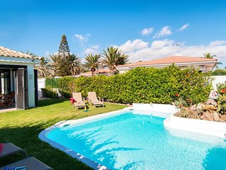 Campo International Villa Sleeps 4 with Pool Air Con and WiFi - 5334554
