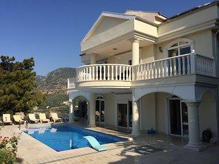 Villa royal - private Pool