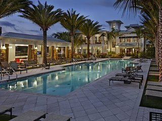 luxury apartment Coconut Creek, on the border with Parklande and Boca Raton