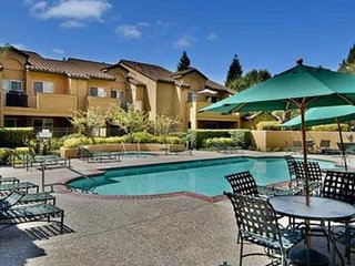 San Ramon-Corporate rental with private patio