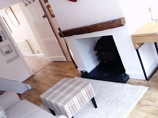 Newly Renovated cosy cottage