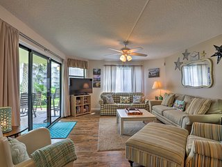 St. Augustine Beach Condo w/ Patio & Pool Access!
