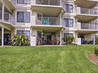 St. Augustine Beach Condo w/ Patio & Pool Access!