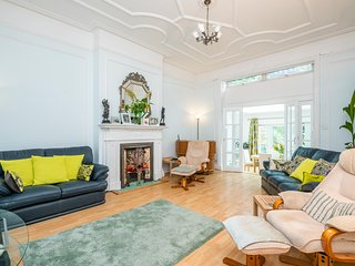 Exquisite Hampstead Home near Regents Park