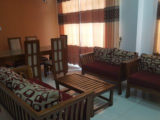 3 Bedroom Fully furnished air-conditioned Apartment