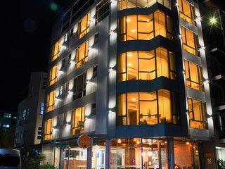 Paralian Hotel