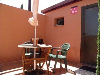 T-1 Habitacion con bano privado, cocina privada y terraza