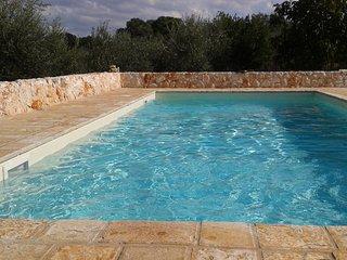 ANTICO TRULLO ULMO piscina privata ad uso esclusivo + Wi-fi