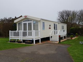 Brand new Carnaby Helmsley Lodge. Sea views for hire on Hopton Holiday Village.