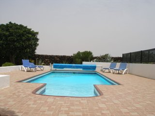 Casa Albeniz, tranquil private villa with heated pool and wifi.