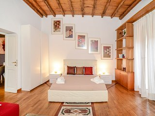 PANTHEON 2 - LARGE APARTMENT IN THE HEART OF ROME