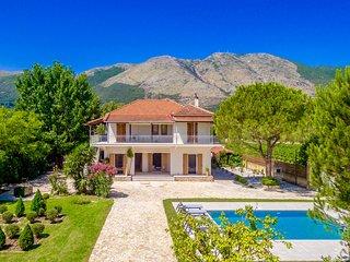 Villa Agricola with private swimming pool