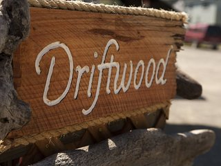 Driftwood - In the heart of Fort Bragg close to world class beaches, hikes and m