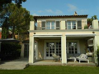 Superbe maison renovee 4 chambres a 2' des plages et de Port-Grimaud