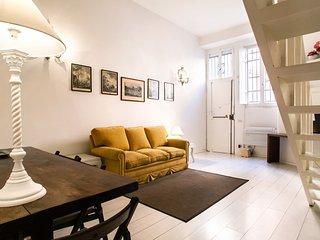 Indipendent access apartment in Largo Orbitelli - AC/Wi-fi