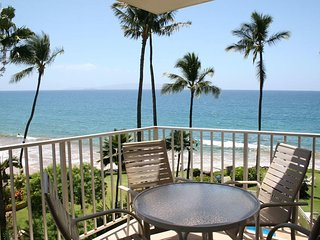 Comfort In Paradise - Oceanfront Views  - Kamaole Nalu #404