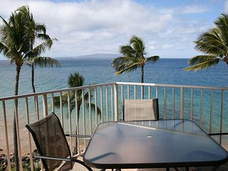 Amazing Oceanfront 2 Bedroom Condo - Kamaole Nalu #605