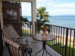 Lovely Beach Front 1 Bdrm Condo- Kihei Beach #305