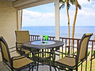 Beautiful Condo Beach Front Condo - Kihei Beach #303