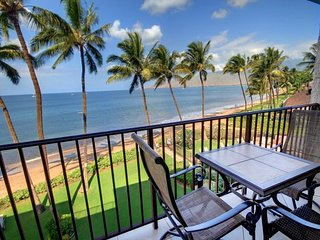 Beautiful Beach Front Life is Calling - Kihei Beach, #403