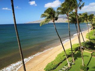Gorgeous Remodeled Beach Front Condo! -  Kihei Beach #506