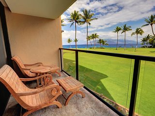 Gorgeous Ocean View With Beautiful Interior -Kihei Surfside #214