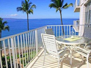 Beautiful Beach Front 2 BDRM Condo - KAMAOLE NALU, #505
