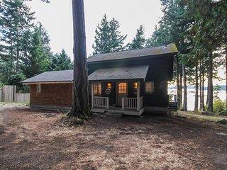 NEW LISTING! Spacious home w/ocean views, great location near town & beaches