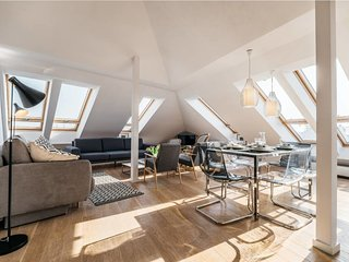 Spectacular Old Town view penthouse with rooftop terrace *AIRPORT