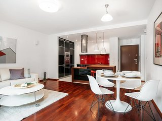 American Soho style apartment 10 min walk to the Old Town *AIRPORT