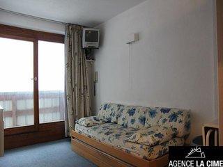 joli appartement de 26m2 est situe au 6eme etage