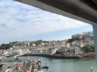 Mariners Brixham - stunning harbourside cottage