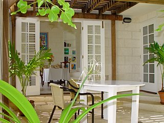 Inchcape Seaside Villas - The Seaside Cottage A - The Honeymoon Suite