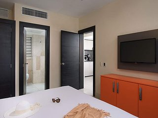 The Royal Suites, one bedroom. by lifestyle