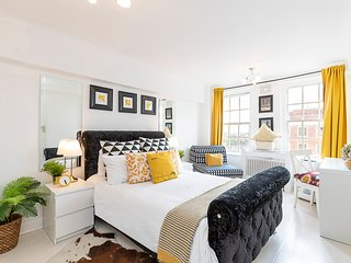Charming Apartment Near Hyde Park & Oxford Street, Marble Arch Station