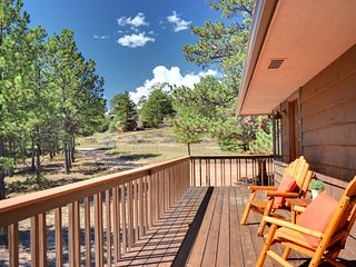 Remodeled Cabin/House, Walking distance to down town, 3 miles form RMNP!