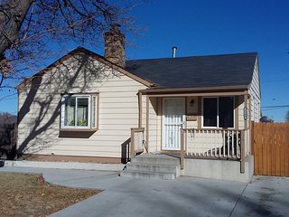 Quaint 420 friendly home located within minutes of downtown Denver