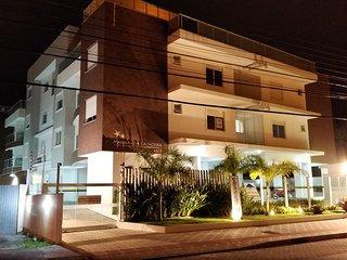 Apartamento Novo, 2Q, 1 Suite, 200 Mts da praia, Cachoeira do Bom Jesus, Floripa