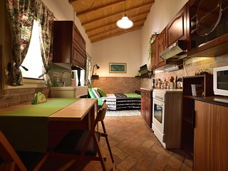Beatiful Rustic Studio with Expresso Coffe Machine in the heart of Veneto