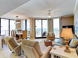 3BR Phoenix VIII Condo on the Beach w/ Stunning Views – Pools & Tennis Too!