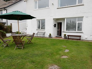 FAIRVIEW, dog-friendly, residential area, in Salcombe