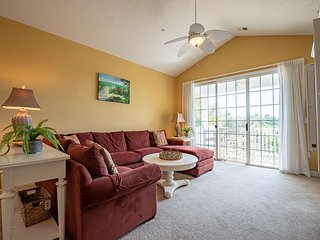 BareFoot Resort - Golf, Pools, Relax, Repeat- Well Appointed and Homey Condo!